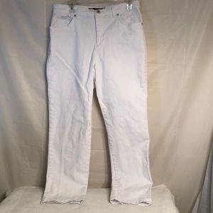 ☮️Gloria Vanderbilt-Missy short AMANDA white jeans